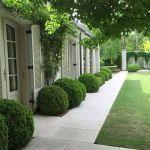 40 Fabulous Modern Garden Designs Ideas For Front Yard and Backyard (36)