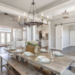 20 Best Farmhouse Dining Room Lighting Decor Ideas (4)