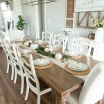 20 Best Farmhouse Dining Room Table Decor Ideas (8)