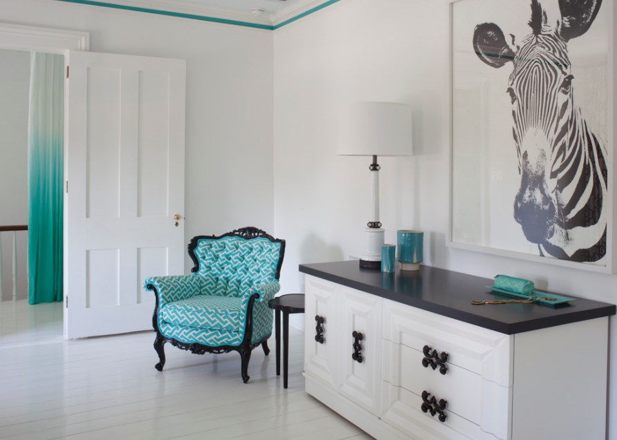 Turquoise room decoration