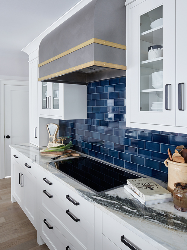 35 kitchens that prove we re not over subway tile house home