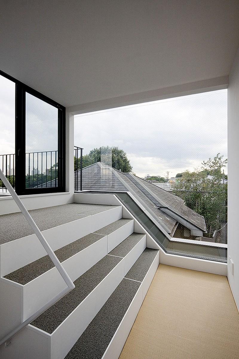 Minimalist Modern Home On Uneven Terrain HouseBeauty