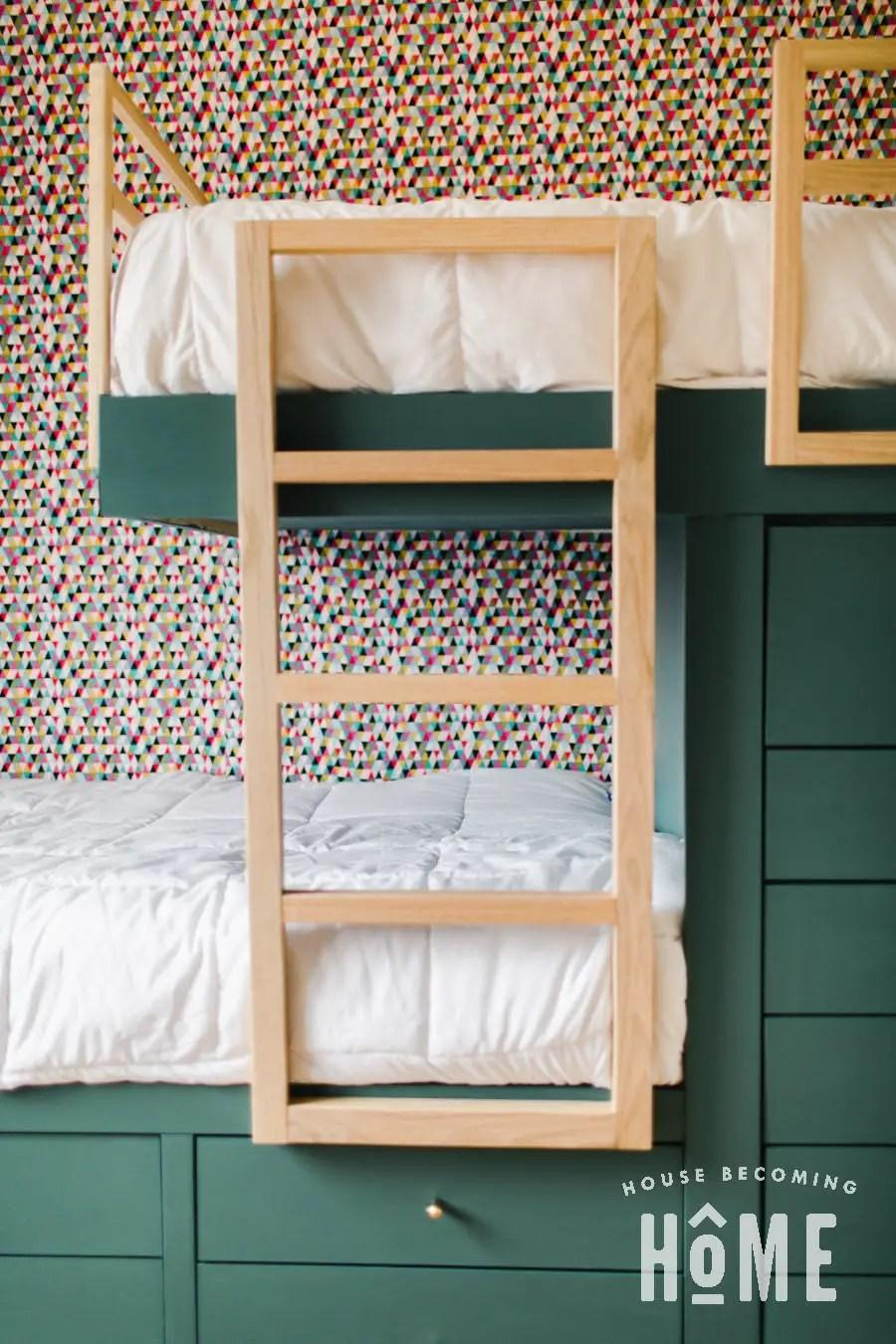 DIY Ladder for Built in Bunk Beds_