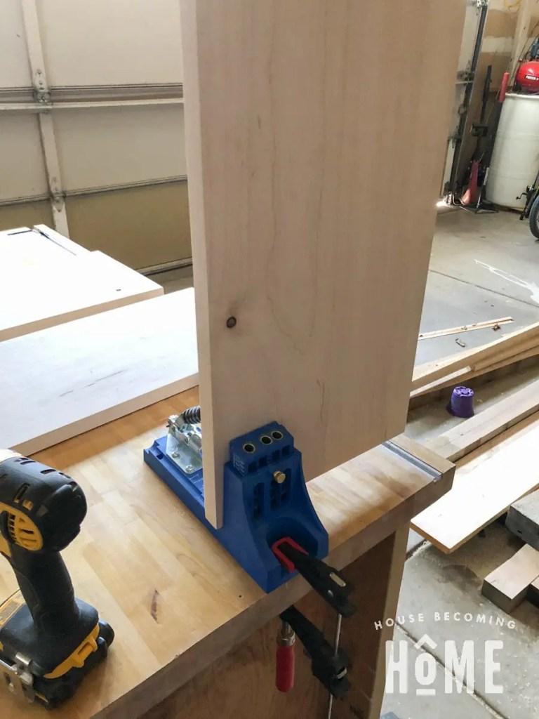 Pocket Hole Bookcase Construction