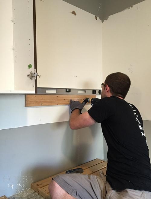 Kitchen Cabinet Installation Ledge
