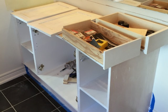 one-room-makeover-bathrom-vanity-feat