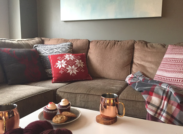 holiday-home-tour-sofa