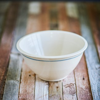 american pottery, traditional american pottery, pure clay bowls, safe bowls, safe mixing bowls, thick mixing bowls, bowl trio, mixing bowl trio, american clay