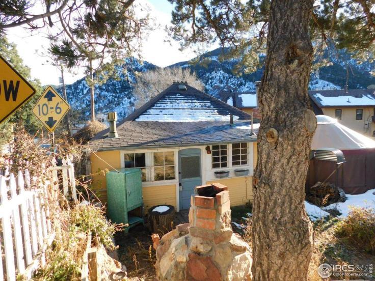 charming vintage Colorado cottage