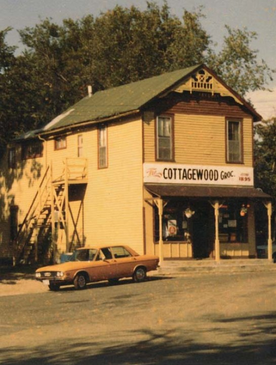 Cottagewood General Store, Deephaven, Minnesota