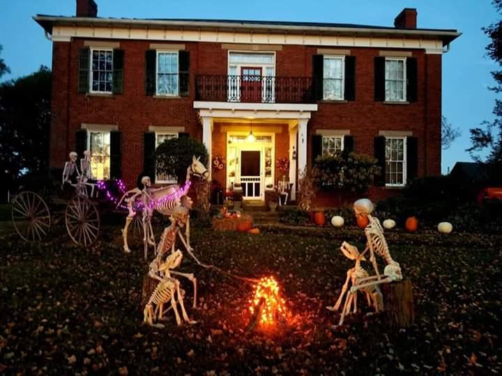 crazy Halloween houses