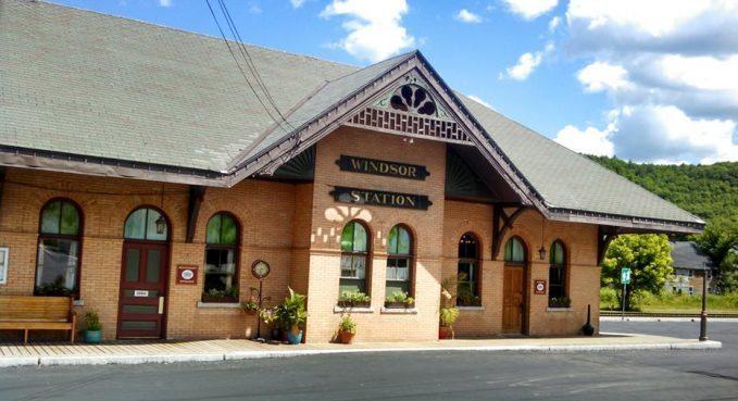 Windsor Station restaurant for sale