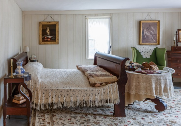 Louisa May Alcott Orchard House bedroom