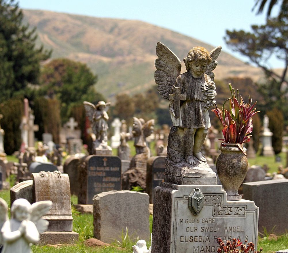 Colma California, Town of The Dead