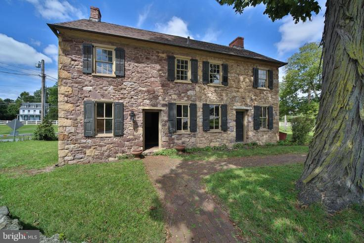 Colonial stone home