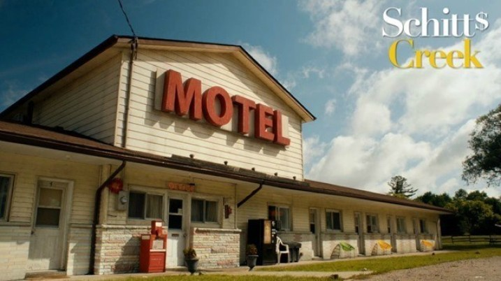 Rosebud-Motel-from-Schitts-Creek-is-up-for-sale