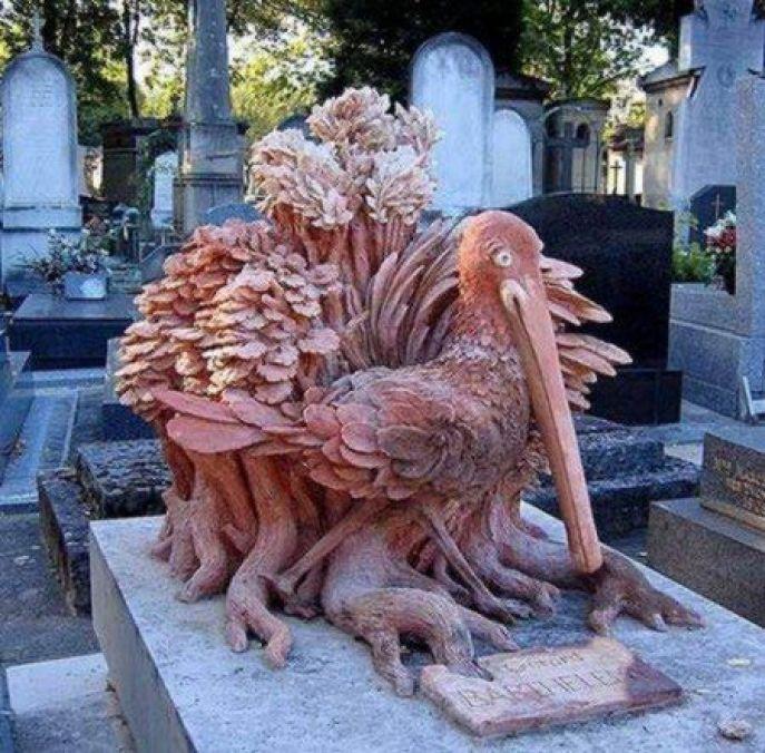 unusual gravestones