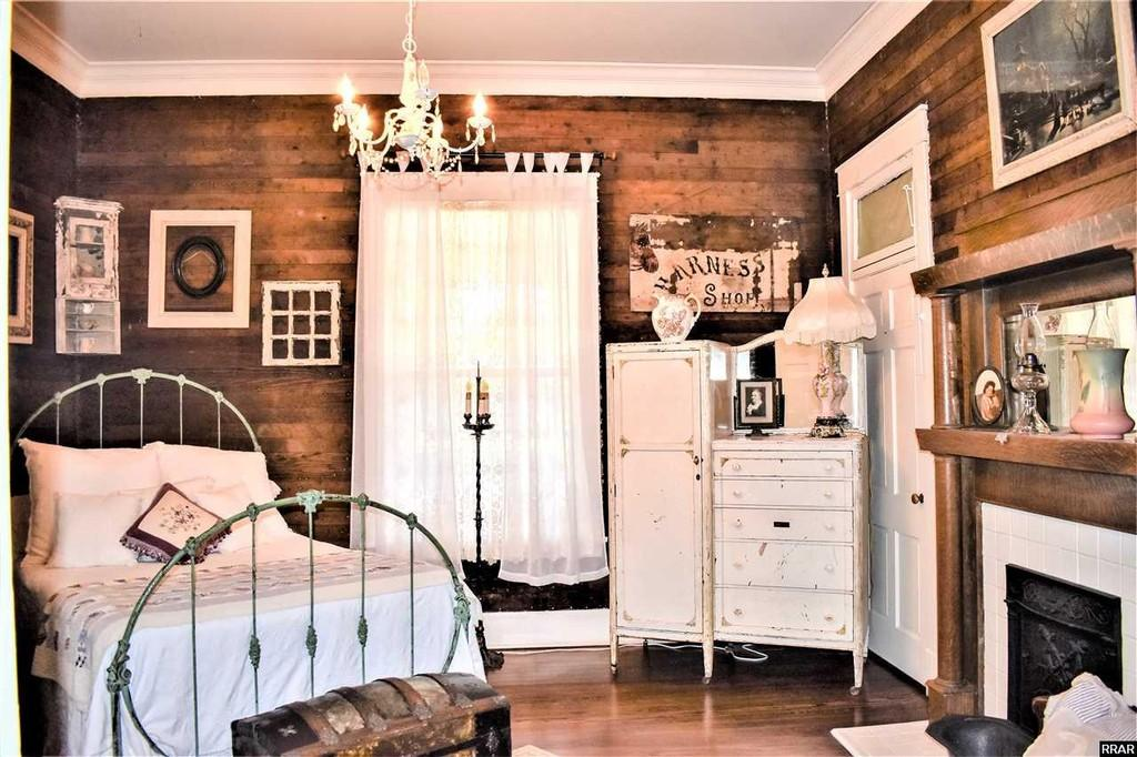 Tennessee country chic cottage