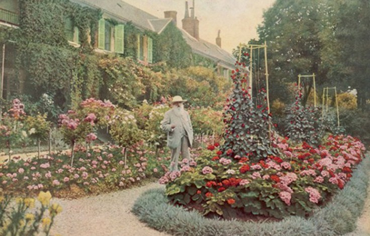 Claude-Monet-at-his-Giverny-House