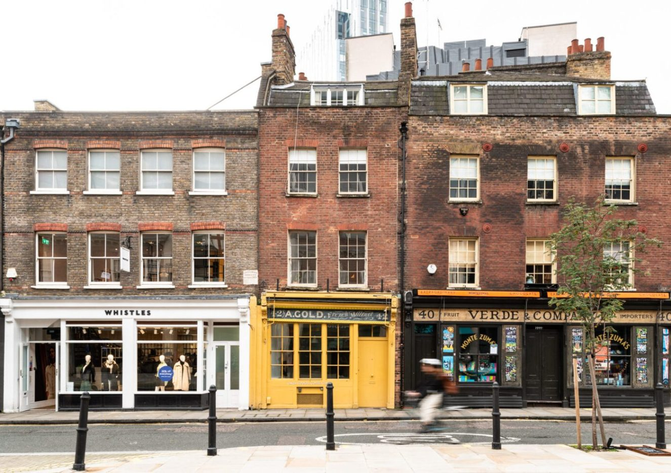 Victorian-shop-and-flat-for-sale-Brushfield-Street-London-England-E1-25