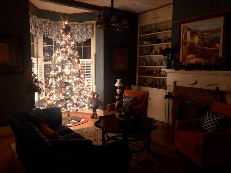 cozy christmas lights interiors