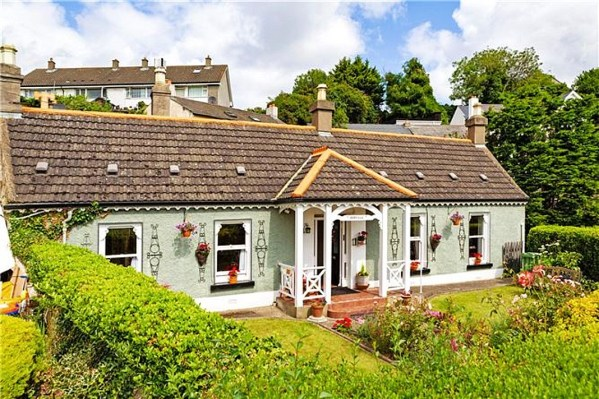 charming Irish cottage for sale