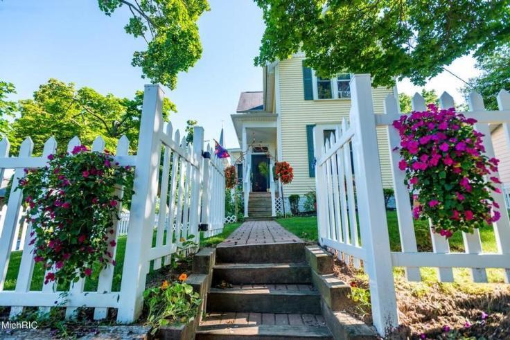 Abigail Manor in Manistee Michigan