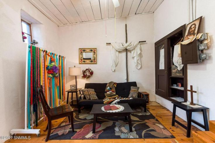 1860 Spanish Colonial church in New Mexico