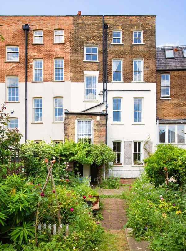 300 year old townhouse for sale in London