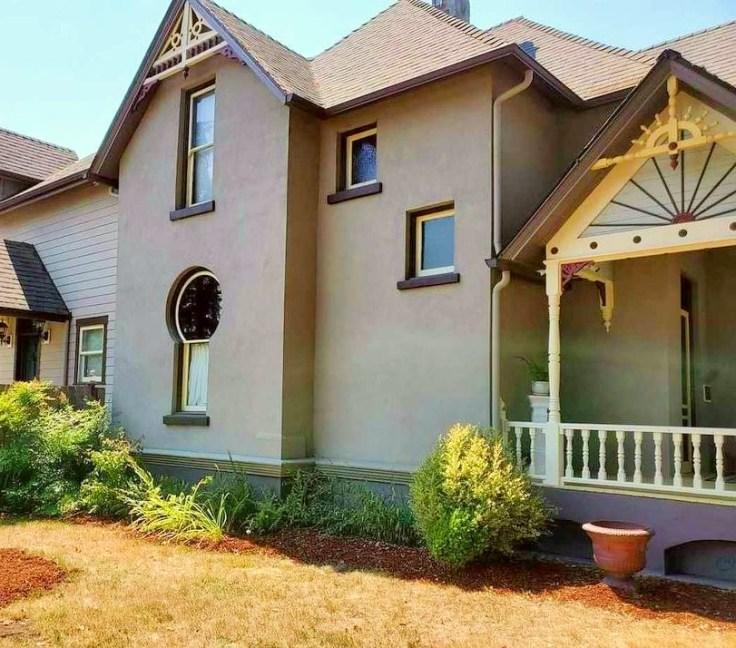 Keyhole house in Albany Oregon