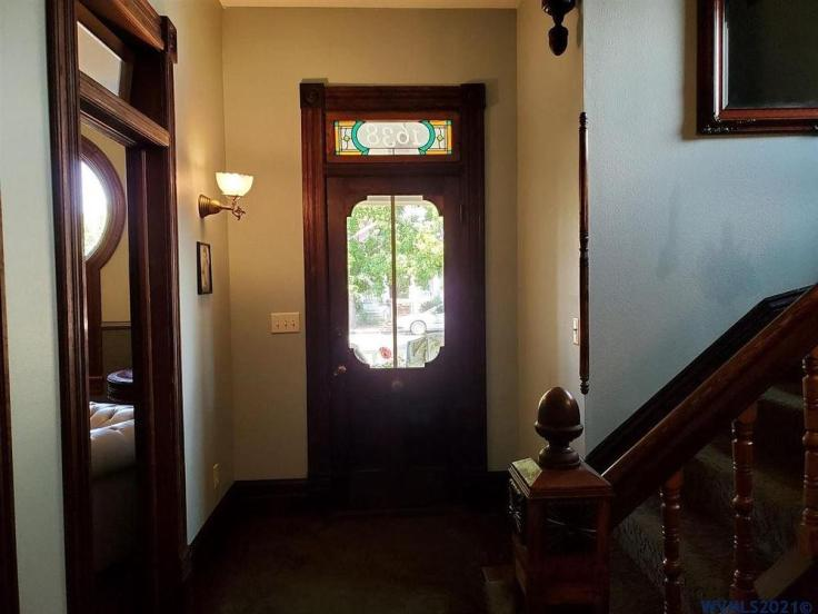 Keyhole windows in Victorian house