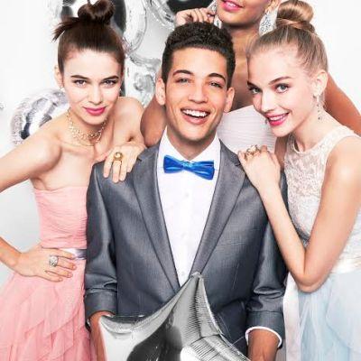 Meredith Foster Brings Prom Fashion To Macys #MacysProm