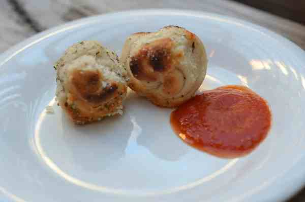 Pizzeria Piccola Bread Knots