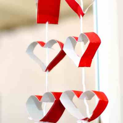 How to Make a Toilet Tissue Roll Heart Garland