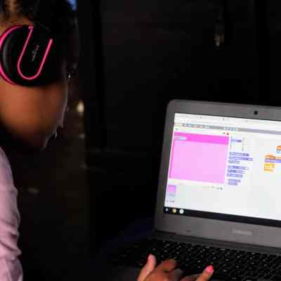 Code Your World With 4-H National Youth Science Day