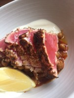 Seared tuna with curried chickpeas