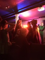 A little four-year-old was having THE MOST FUN on the dancefloor right til the end.