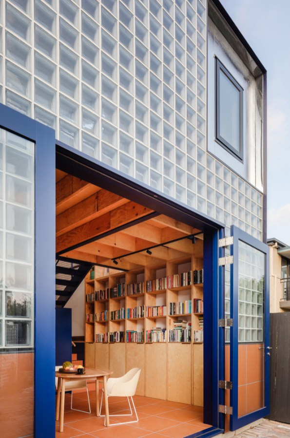 Glass book House _03