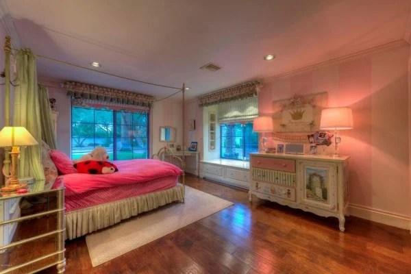 Million Dollar Homes Sale