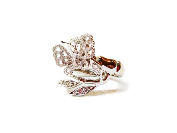 チョウチョ 指輪