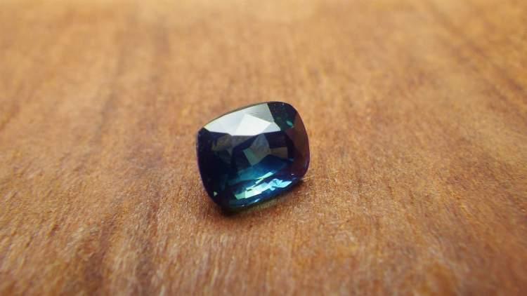 blue_sapphire_2.06ct_madagascar_1