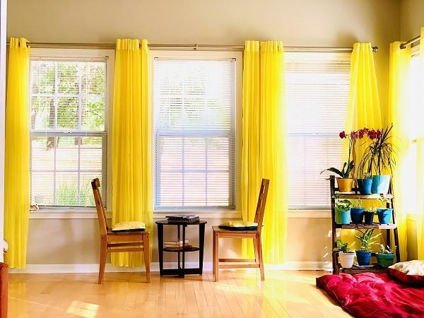 How To Create A Comfortable And Inviting Sun Room