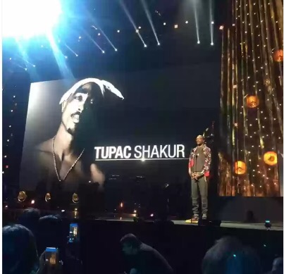 Snoop Dogg Inducted 2pac Into The Rock And Roll Hall Of Fame