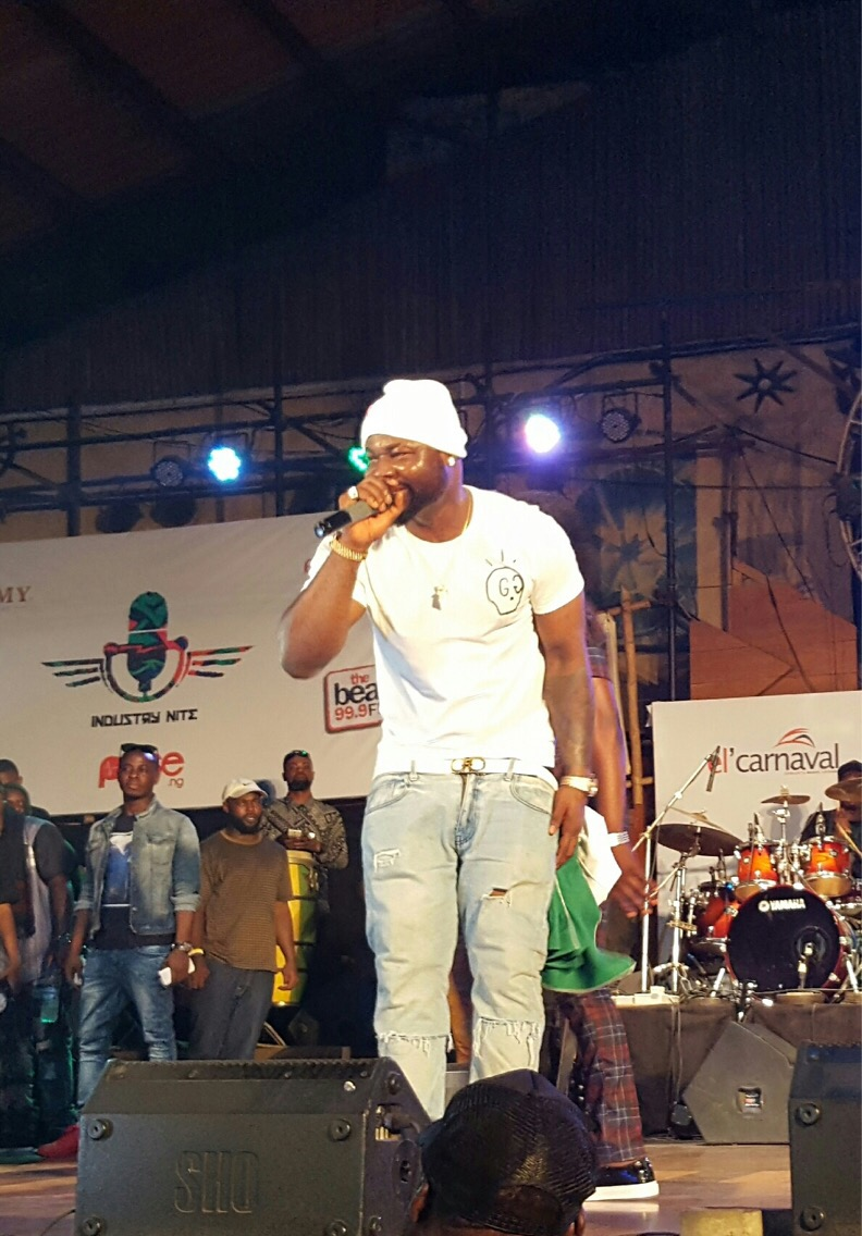 Harrysong blesses fans at Industry Night, the Mainland Invasion