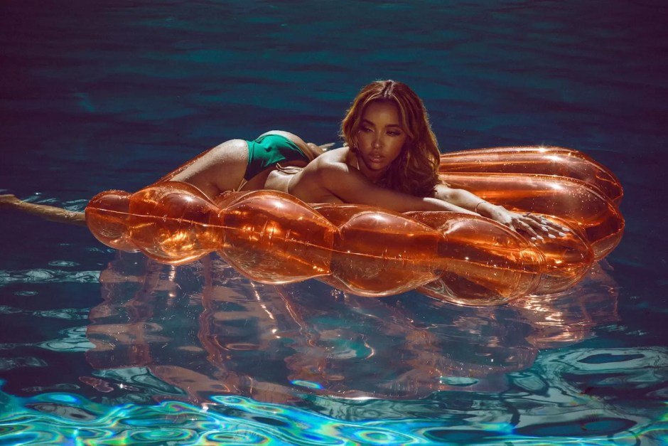 Tinashe Covers 'Galore' Magazine's Summer 17 Issue