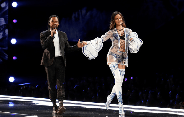"Watch Miguel Perform ""Told You So"" at 2017 Victoria's Secret Fashion Show"