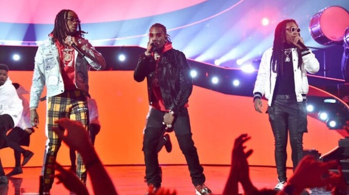 "Migos Perform ""Stir Fry"" and ""Narcos"" on 'Saturday Night Live"