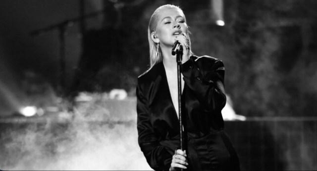 Christina Aguilera - Fall In Line ft. Demi Lovato mp3 download