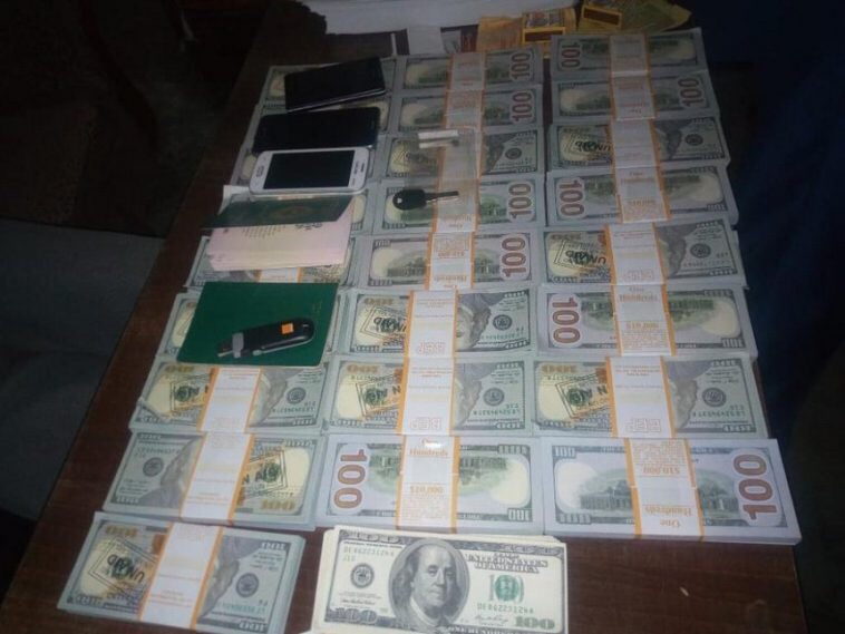 """""""It's for a movie"""" – Nigerian man arrested with fake $251k in Kenya"""