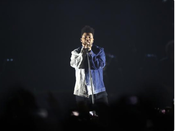 The Weeknd Almost Got Hit By Equipment While Performing In Mexico (Watch)